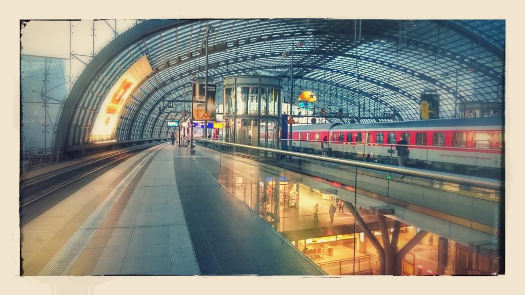 21:30 Bahnhof mit kurzem Dach